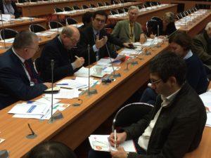 Échanges lors de la conférence de presse organisée en préambule de la réunion publique